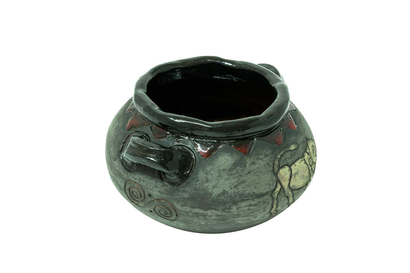 Clay pot AA002 photo