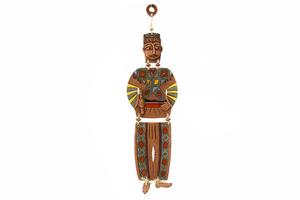Կախովի կավե ձեռագործ արձանիկ «Տարազով տղամարդը» LS002