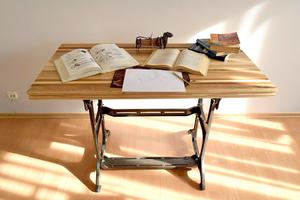 Սեղան՝ տարբեր տեսակի փայտերից պատրաստված AF126