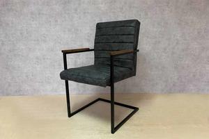 Աթոռ արհեստական կաշվից AF154